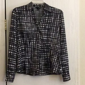 East 5th blouse size small.